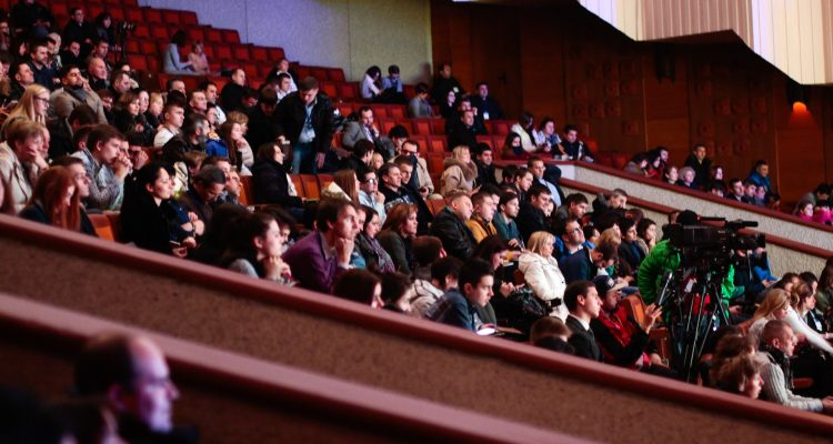 people-sitting-watching-in-the-theater-301987